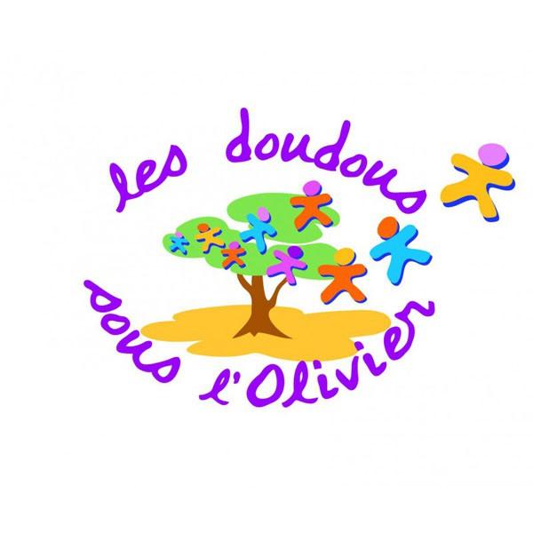 ADES 44 LES DOUDOUS SOUS L'OLIVIER
